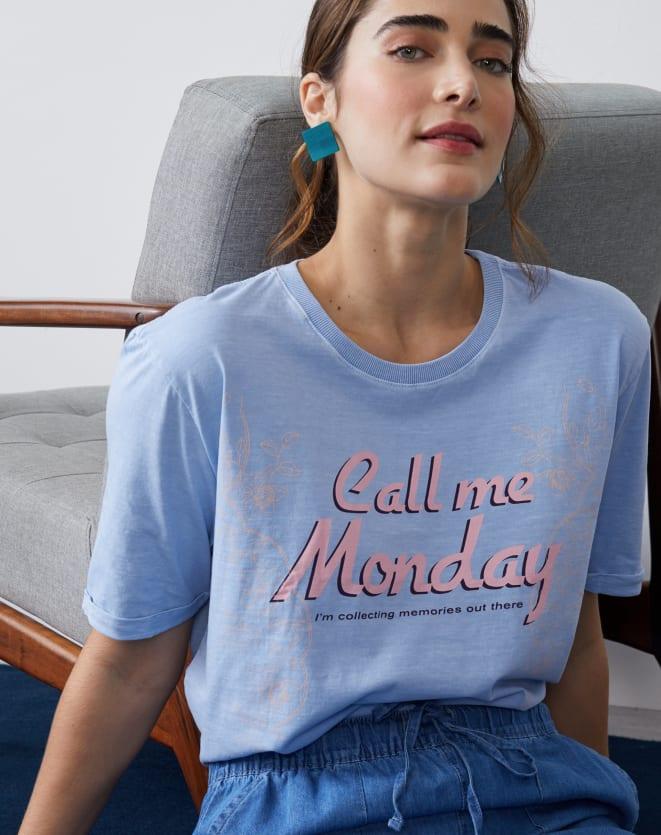 T-SHIRT CALL ME MONDAY